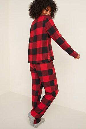 Women Petite Pajamas & Loungewear