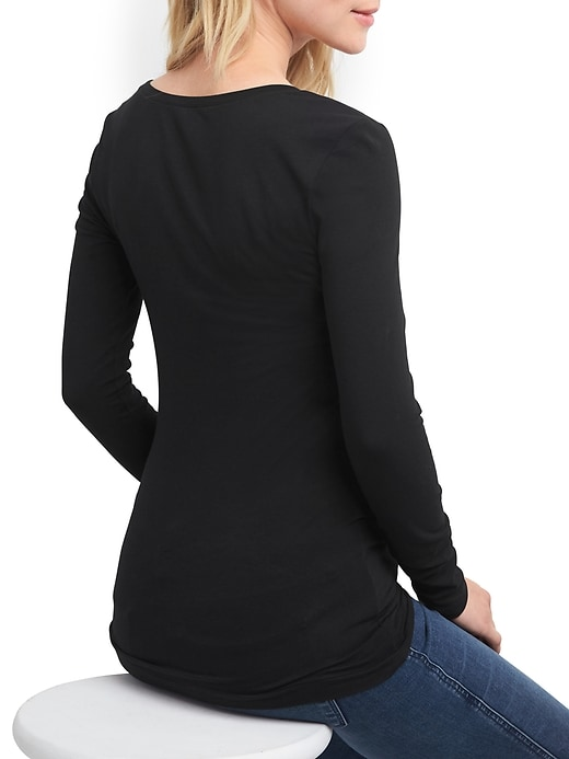 Maternity Pure Body solid crewneck tee