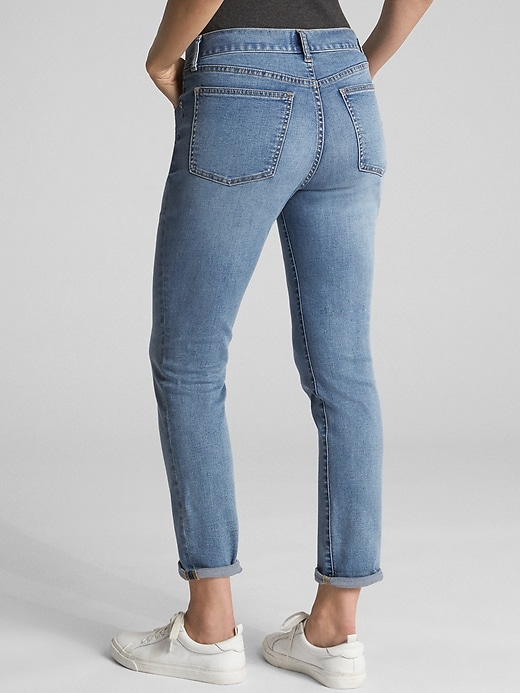 Mid Rise Soft Wear Girlfriend Jeans