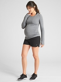 "Maternity GapFit 3.5"" Running Shorts"