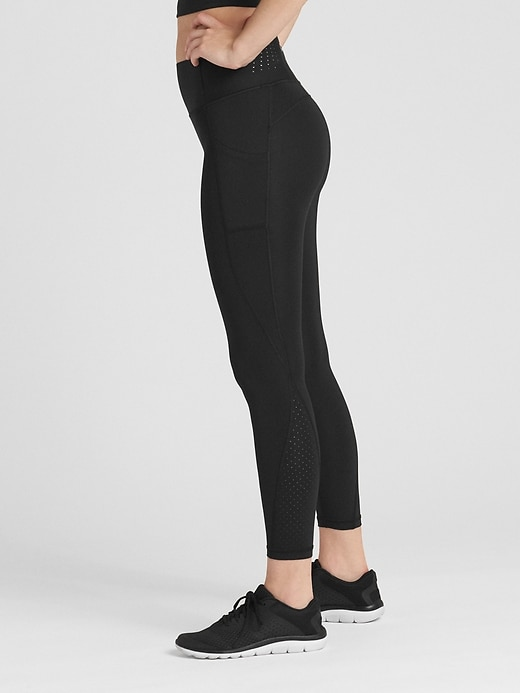GapFit High Rise 7/8 Leggings in Sculpt Revolution
