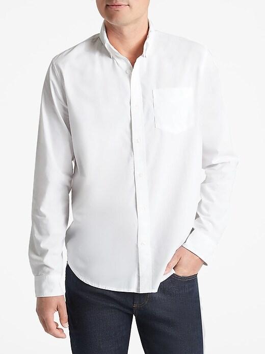 Poplin Long Sleeve Shirt in Standard Fit
