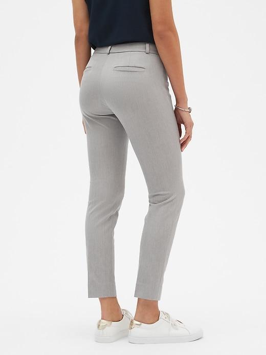 Curvy Sloan Slim Ankle Pant