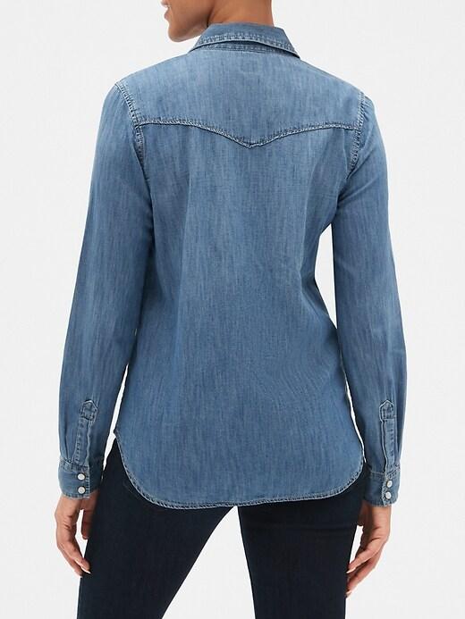 Two-Pocket Western Shirt in Medium Indigo