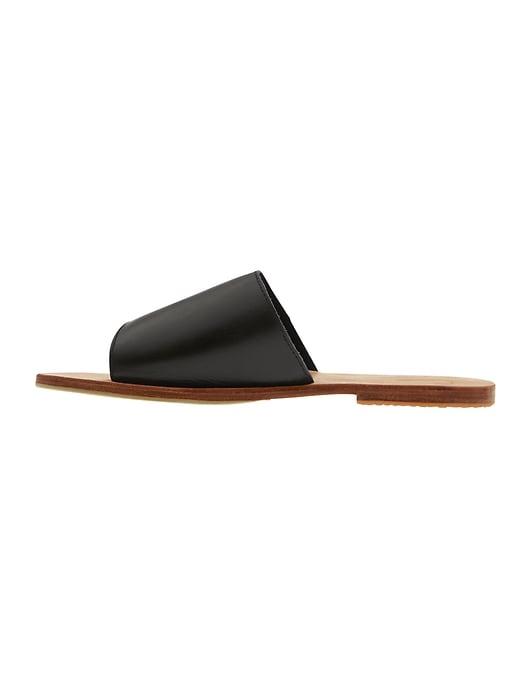 Le Classique Sandal by JS