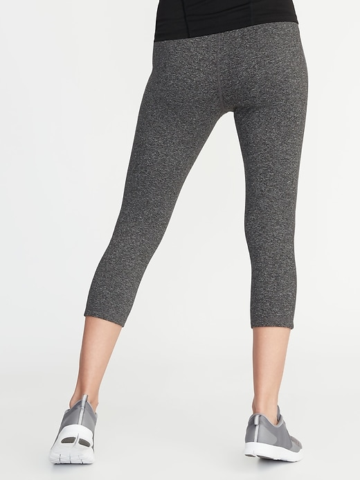 Maternity High-Waisted Elevate Compression Crops