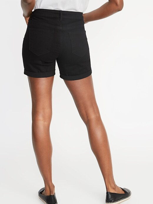Mid-Rise Slim Black Jean Shorts For Women - 5-Inch Inseam