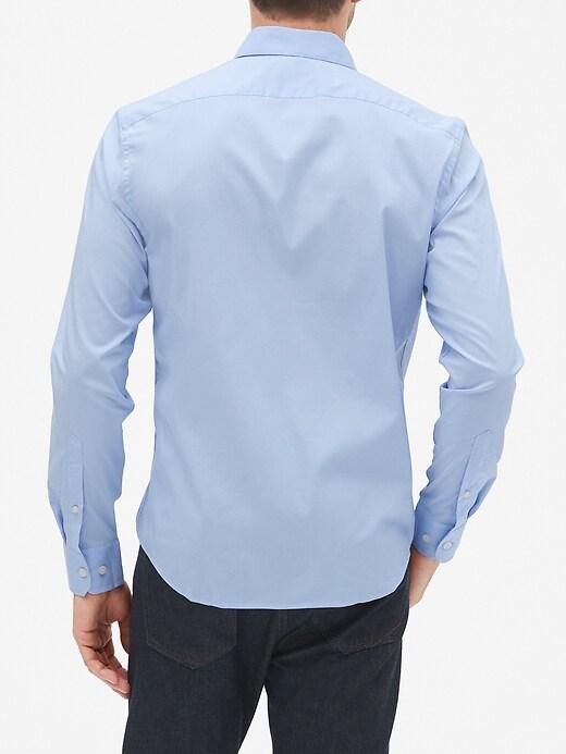 Slim-Fit Tech Stretch Untucked Shirt