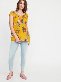 Maternity Ruffled Floral-Print V-Neck Blouse