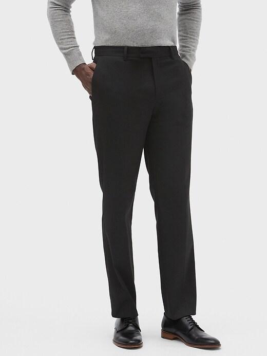 Standard-Fit Wrinkle Resistant Black Pant
