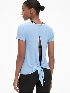 1d24ae50 GapFit Breathe Short Sleeve Tie-Back T-Shirt