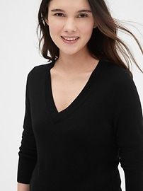 Maternity True Soft V-Neck Pullover Sweater