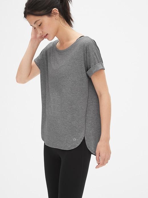 T-shirt GapFit respirant à manches roulées