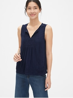 1ad2fa9f Women's Tops & Button Down Shirts | Gap
