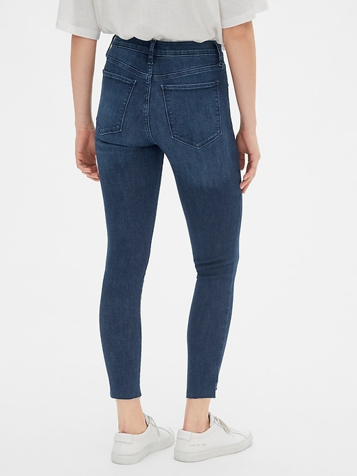 Mid Rise Favorite Jeggings with Raw Hem