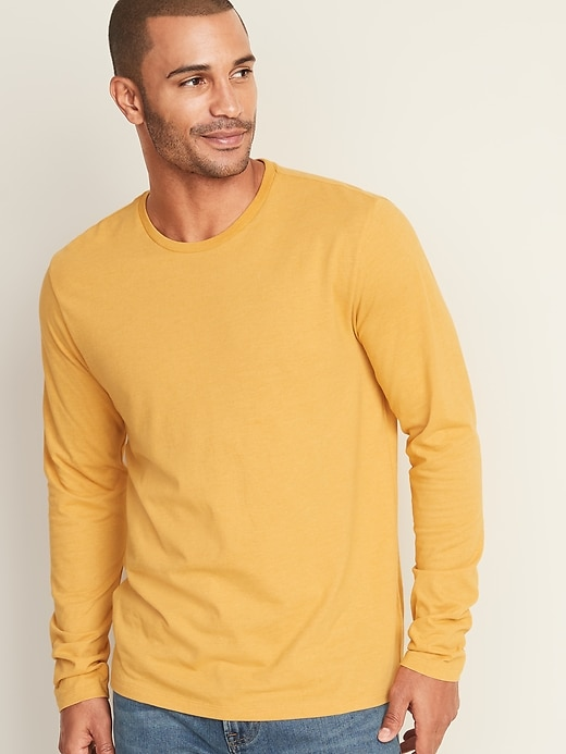 Soft-Washed Crew-Neck Long-Sleeve Tee for Men