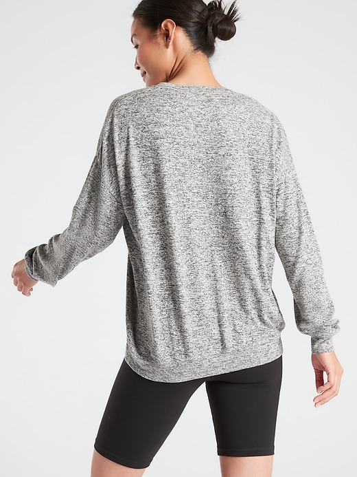 Mindful Pullover