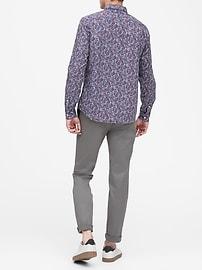 Chemise en popeline luxueuse, coupe cintrée à porter à l'extérieur