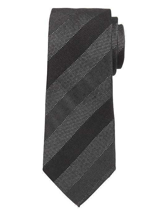 Cravate rayée texturée