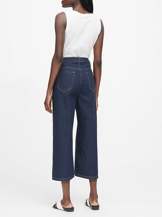 JAPAN EXCLUSIVE High-Rise Wide-Leg Cropped Jean