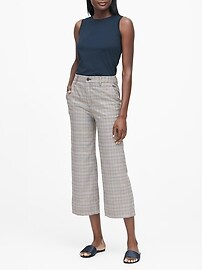 Slim Wide-Leg Cropped Pant