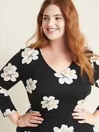 Floral-Print Secret-Slim Plus-Size Sheath Dress