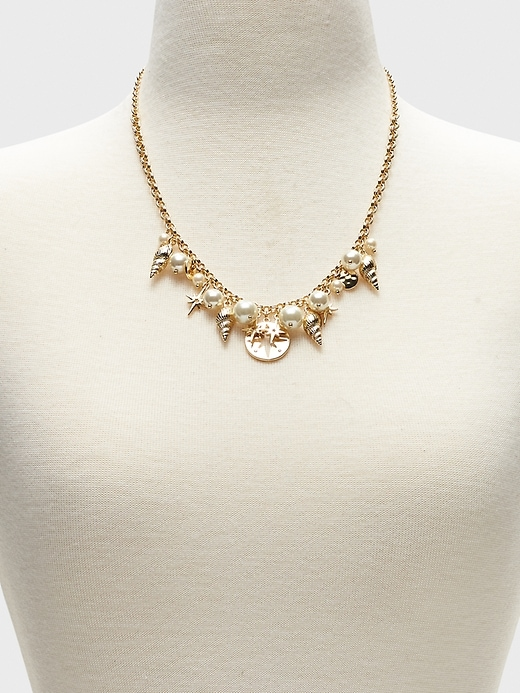 Shell Charm Statement Necklace