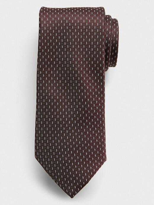 Stain-Resistant Burgundy Dash Tie