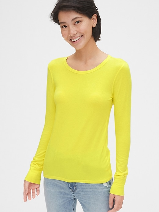 Featherweight Long Sleeve Crewneck T-Shirt