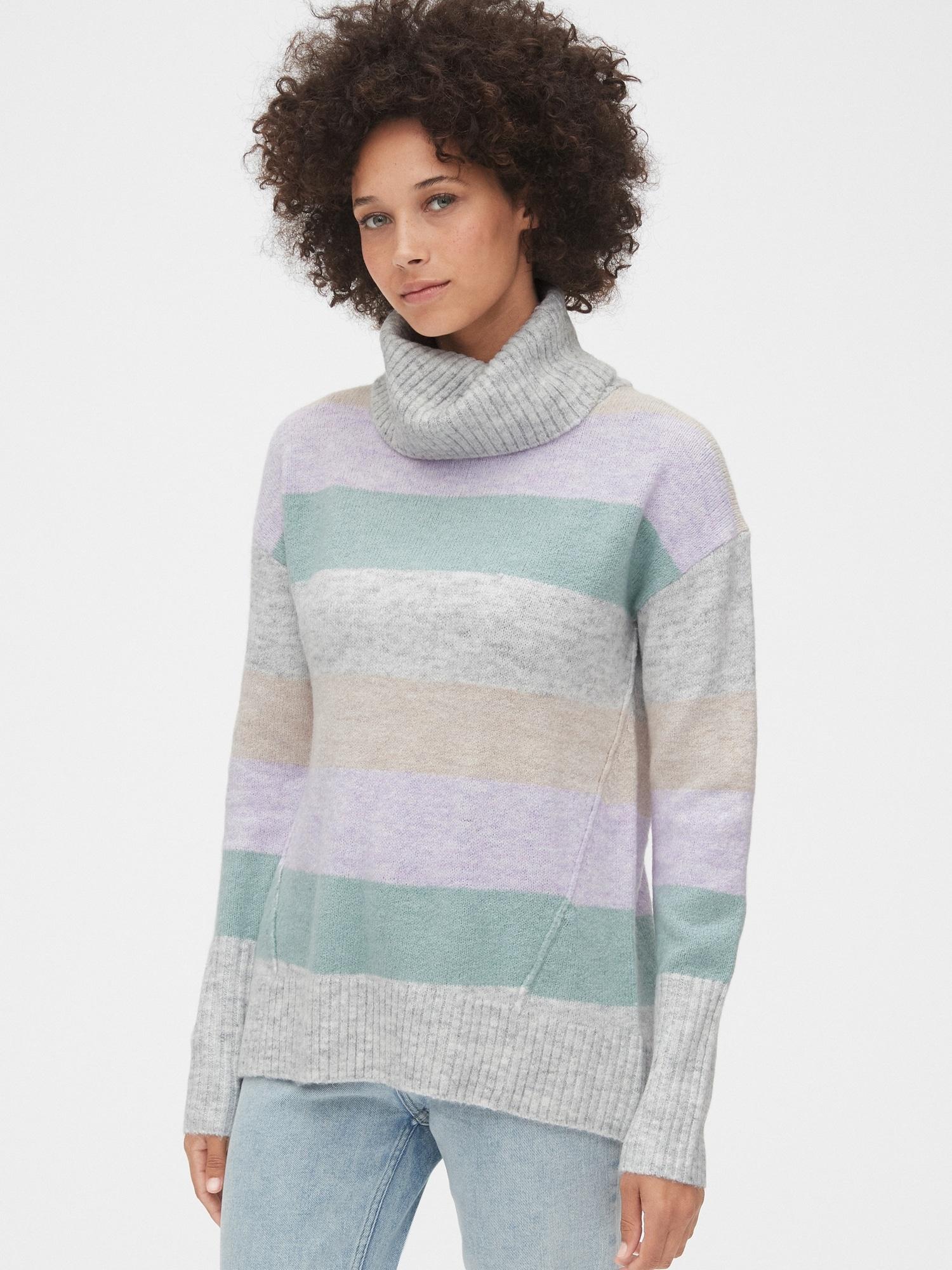 起毛タートルネックセーター