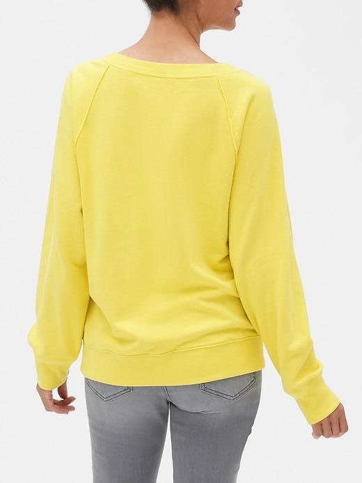 Vintage Soft Gap Logo Raglan Sweatshirt