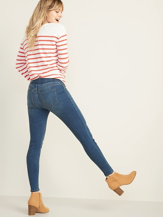 Mid-Rise Rockstar Super Skinny Jeggings for Women