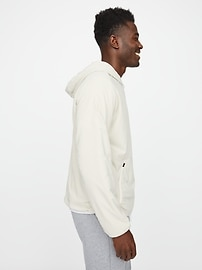 Weightless Insulated Hoodie