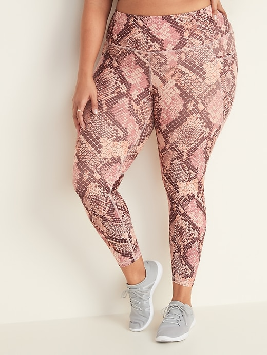 High-Waisted Elevate Powersoft Plus-Size 7/8-Length Side-Pocket Leggings