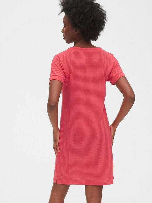 Maternity Nursing Zip Dress
