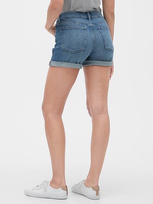"5"" Distressed Denim Shorts"