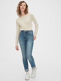 True Soft Boatneck Sweater