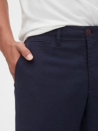 Linen Khakis in Straight Fit