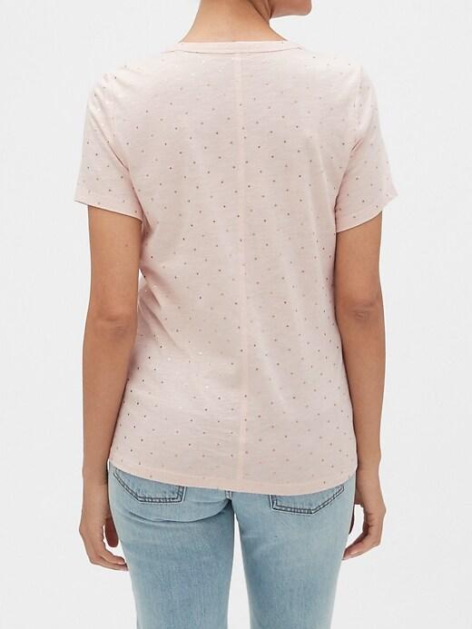 Malibu V-Neck T-Shirt