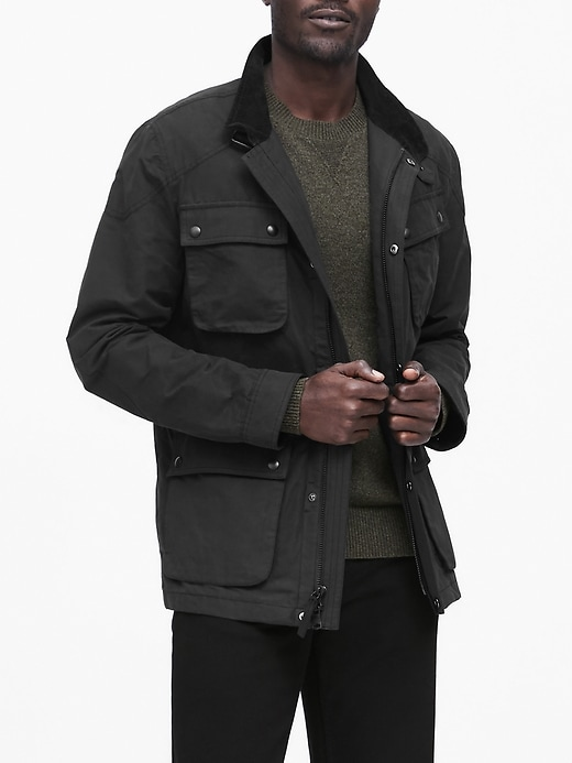 Water-Resistant 4-Pocket Jacket
