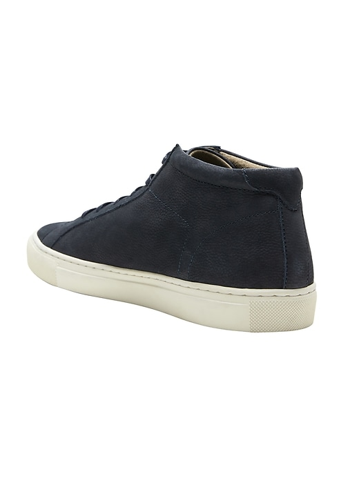 Richerd Mid-Top Sneaker