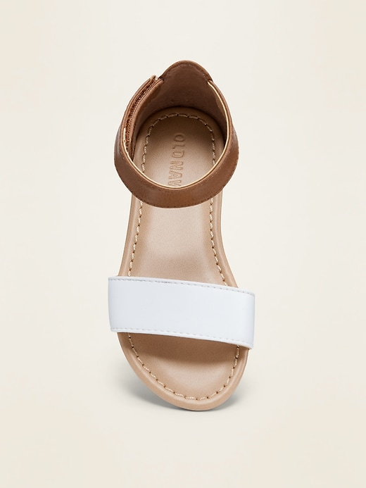 Color-Blocked Faux-Leather Sandals for Toddler Girls