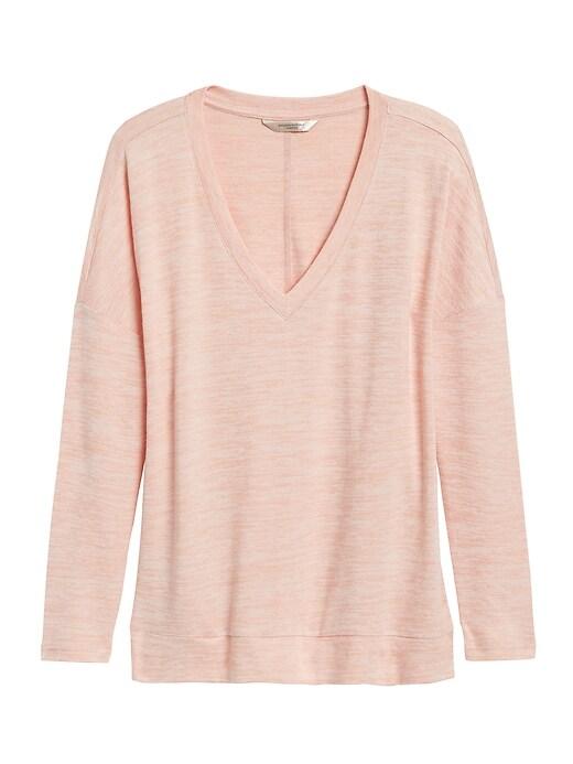 Petite Luxespun Boxy V-Neck T-Shirt