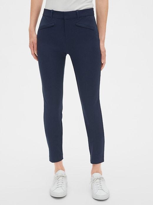 Pantalon à extensibilité bidirectionnelle coupe étroite à la cheville