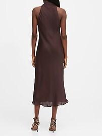Fond de robe à encolure haute en satin