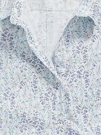 Patterned No-Peek Plus-Size Stretch Shirt for Women
