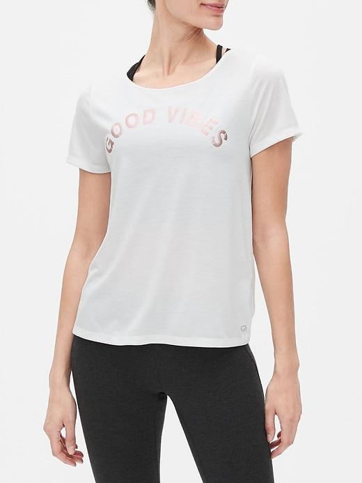 GapFit Open-Back Short Sleeve T-Shirt