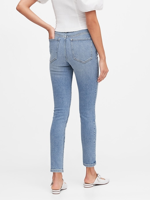 Petite High-Rise Straight Jean