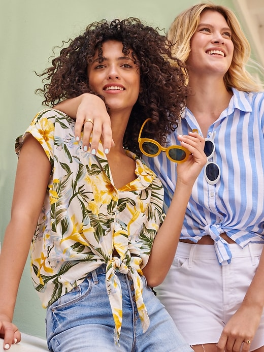 Printed Tie-Hem Resort Shirt for Women