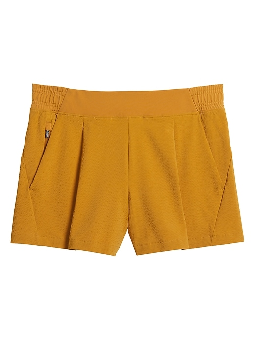 Textured Brooklyn Short